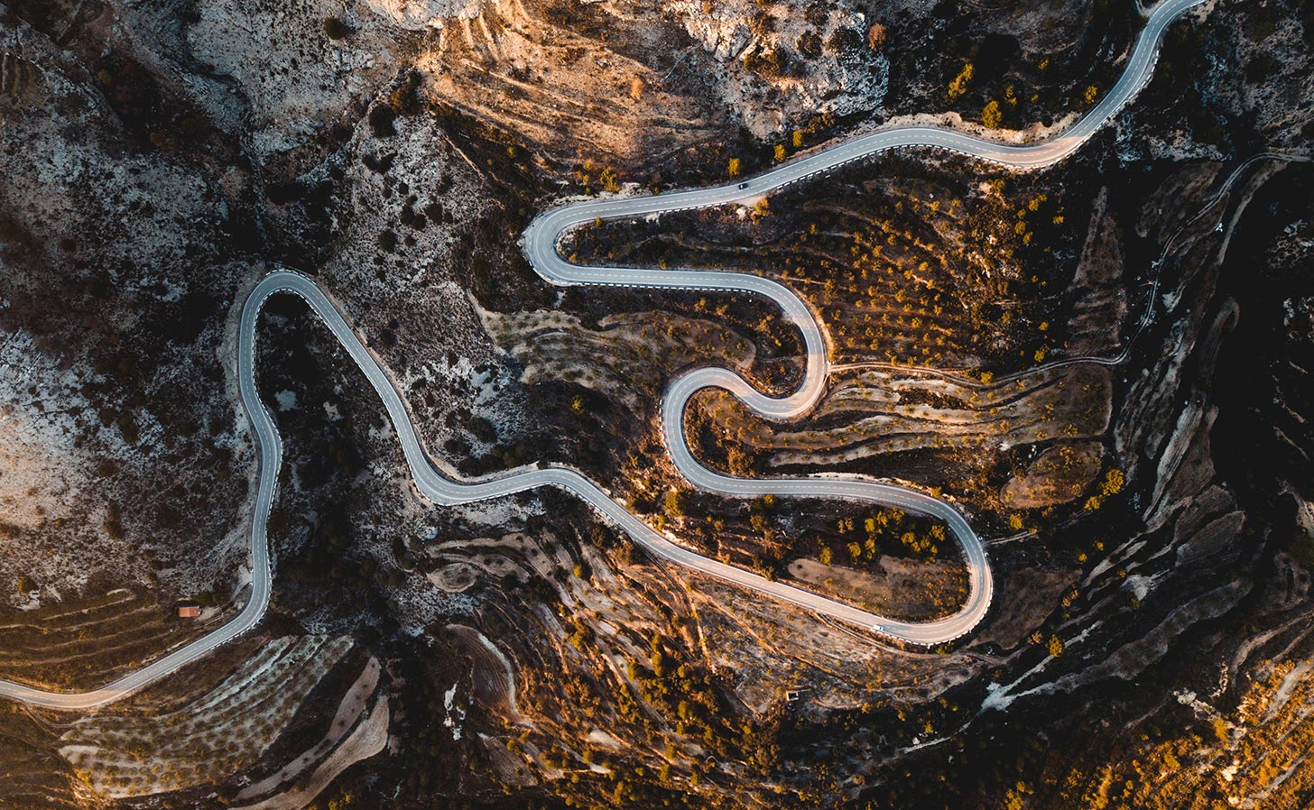 A mountain road near Confrides in Spain. Photo: Jack Anstey / Unsplash