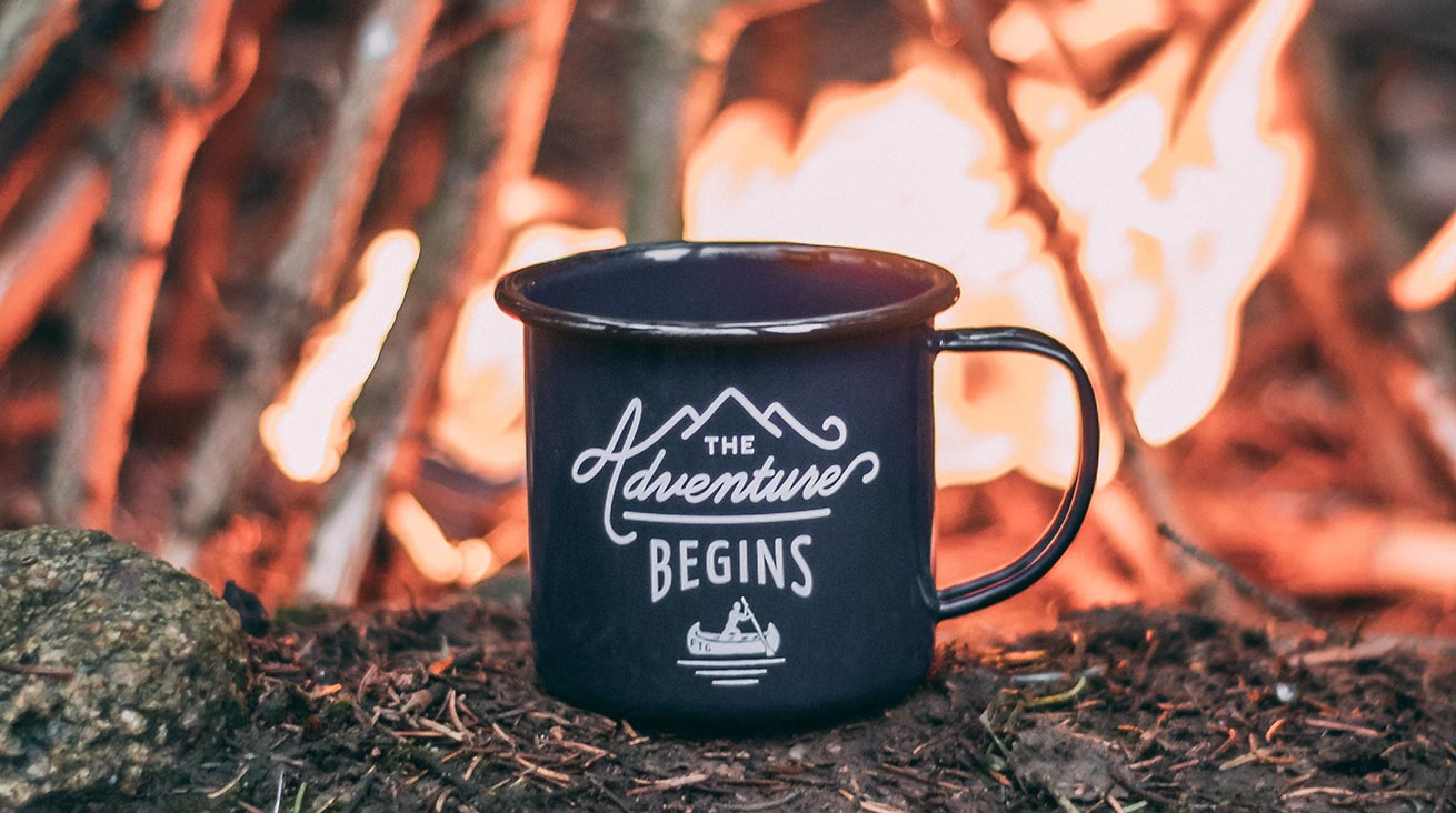 Coffee tastes best outdoors. Photo: Ole Witt / Unsplash (image is cropped)
