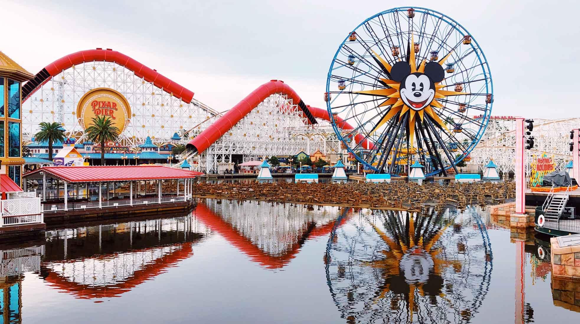 Rollercoaster and ferris wheel at Disneyland in Anaheim, California